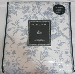 Laura Ashley Amberley F/Q Quilt Set Blue Floral reversible 3