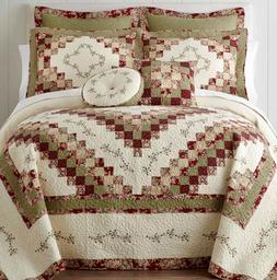 Home Expressions Cassandra Quilt King Set with 2 Shams 2 Pil