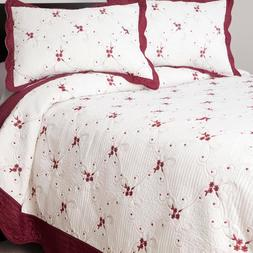 Windsor Home Christmas Thelma Embroidered Off-White/Red  Qui