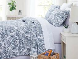 Enchantment Reversible Oversized Lightweight Quilt Set by So