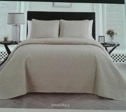 VCNY Home Full/Queen Size Quilt Set in Off White Textured Pa