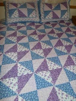 King Quilt & Sham Set Lavender Purple Blue White Design 3 pi