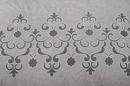 Chezmoi White Embroidered Comforter