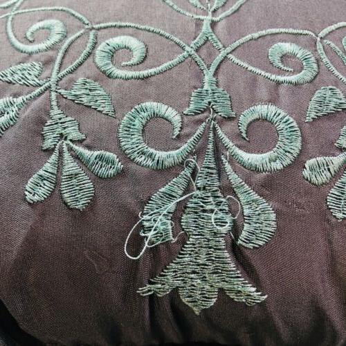 9 Piece Manor Amber Reversible Quilt Set