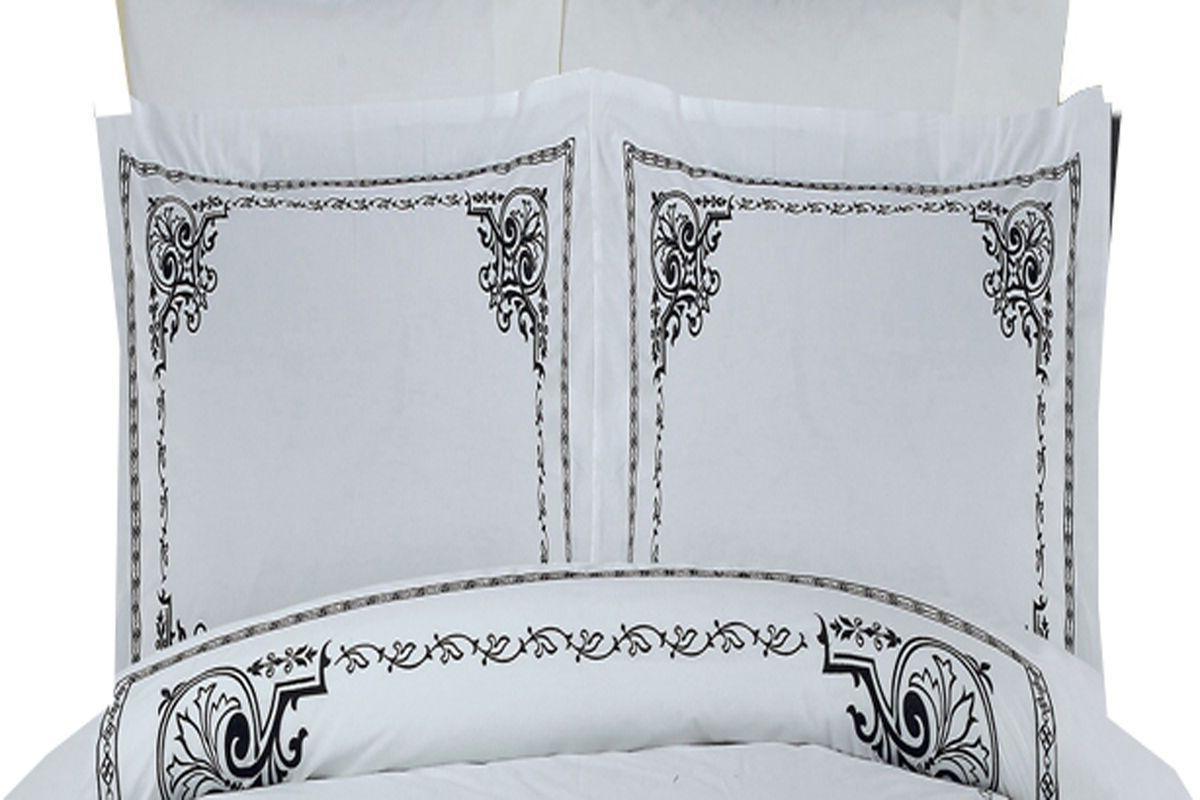 Athena White 4-Piece 100% Embroidered Duvet