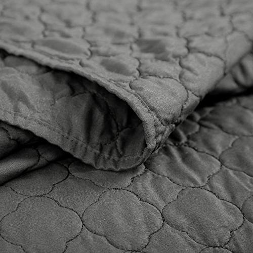 Bedsure Bedding Quilt King Grey 106x96 Quatrefoil Luxury