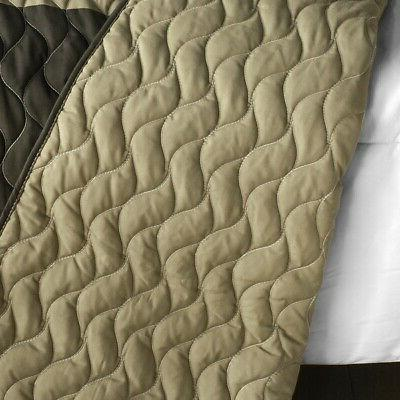 Vermicelli-Quilted Quilt