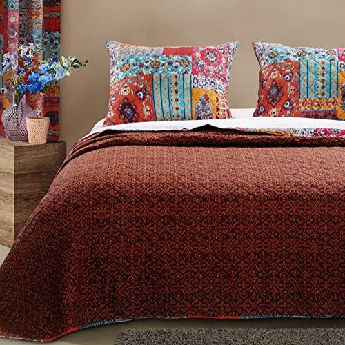 Finely Stitched Boho Comforter Lightweight Piece Full/Queen Size, Red - Straps