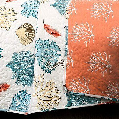 Coastal Reef Feather Quilt Lush