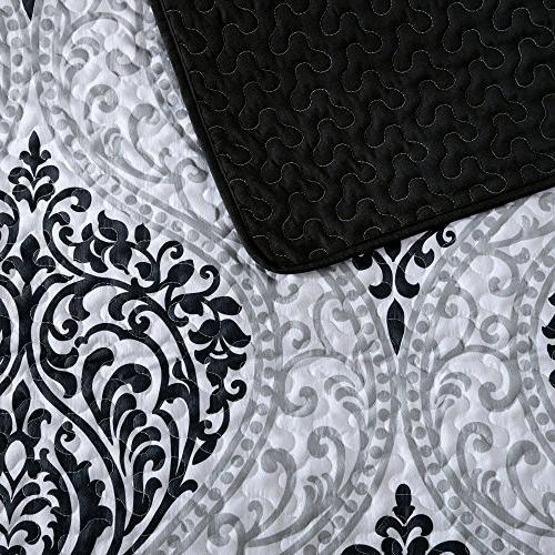 Mini Quilt 3 and White - Damask Size, 2 Shams