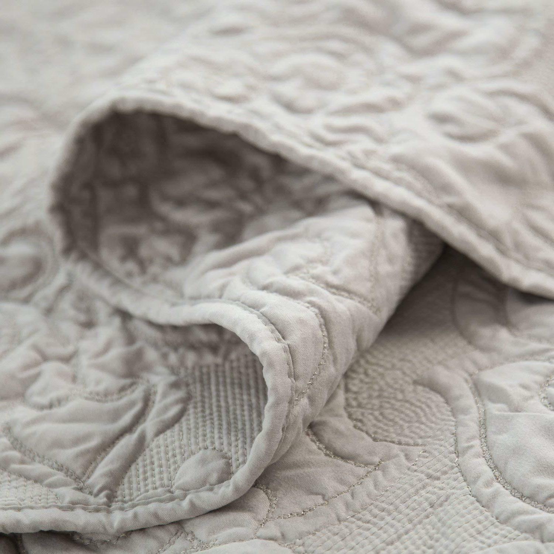 Bedsure Comfy Bedding Quilt Set Damask