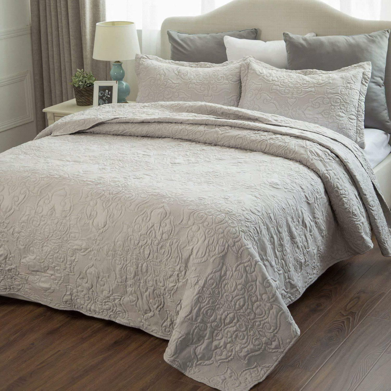 comfy bedding set quilt embroidered full queen