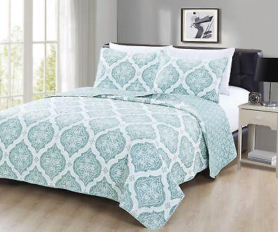 Embossed Quilt Set Arabesque Collection