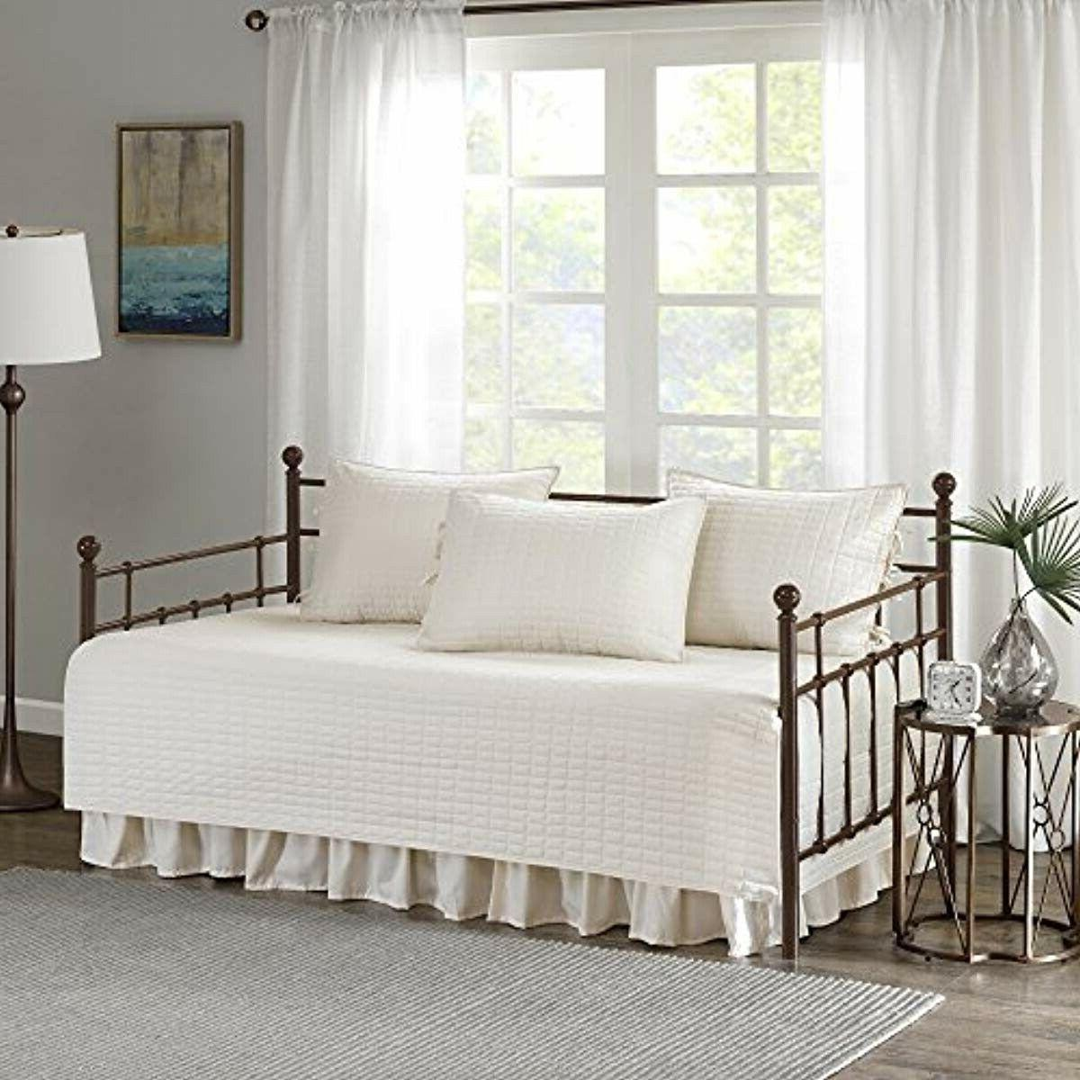 Comfort - Daybed Set - Quilt Pattern - 5 Pieces