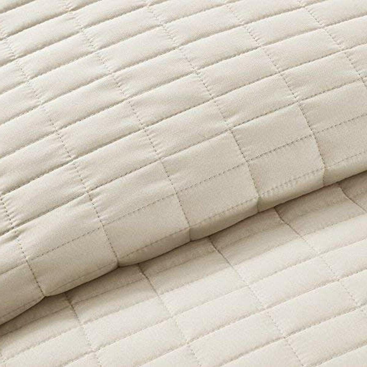 Quilt Mini Set - 3 Ivory - Stitched Quilt