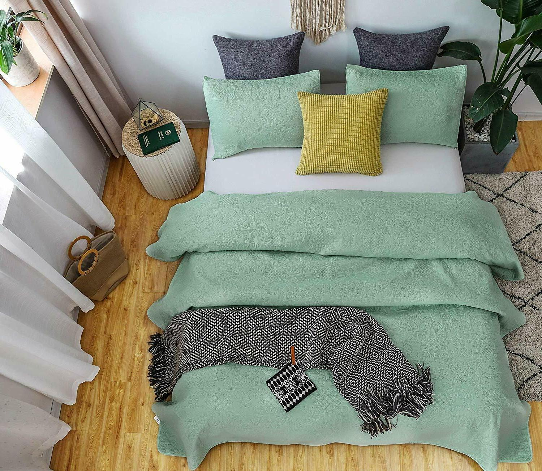 Luxury Microfiber Quilted Bedspread Set