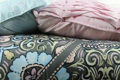 **NEW** - 7-Piece Comforter - King Black Floral