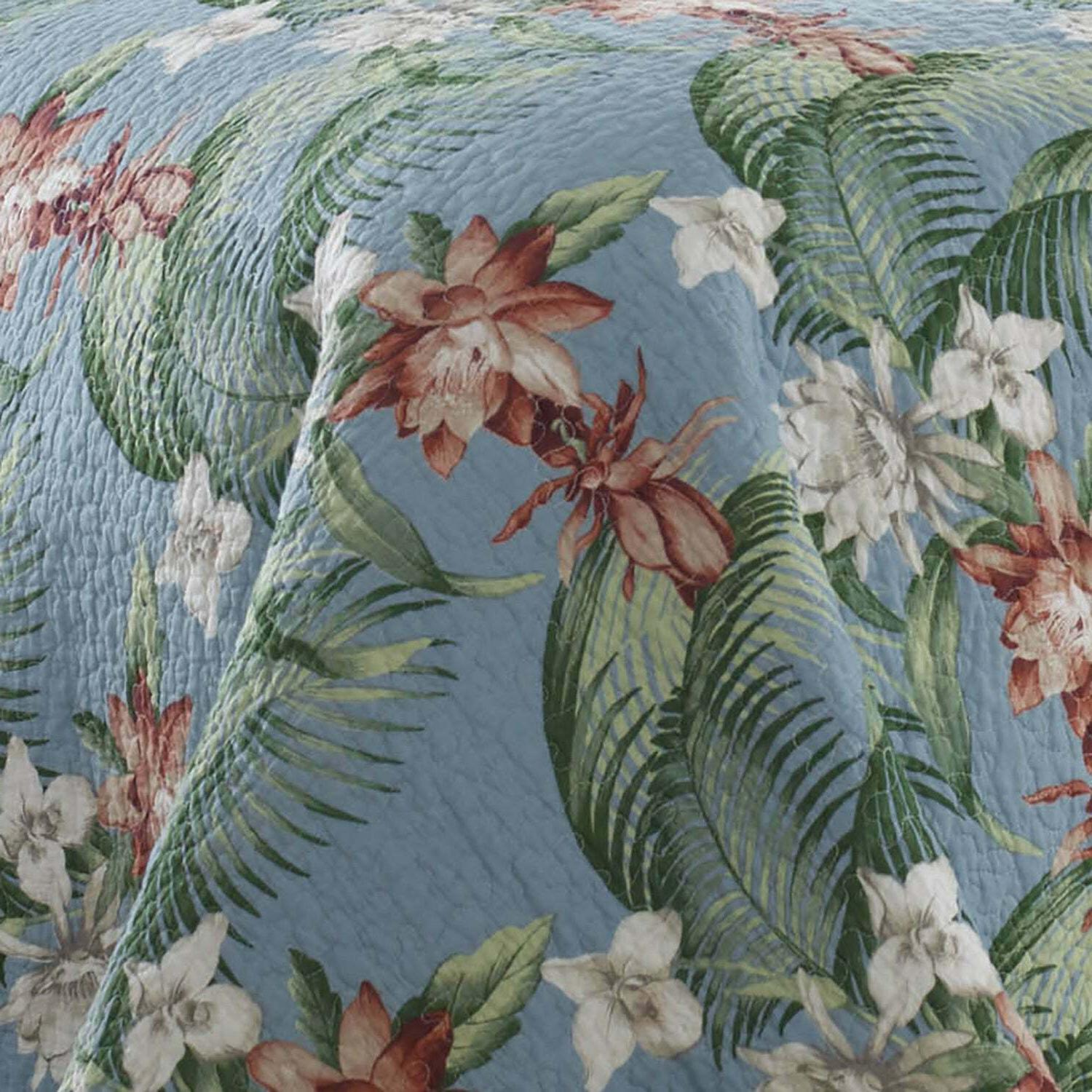 New in Package Tommy Bahama Breeze King Quilt Set