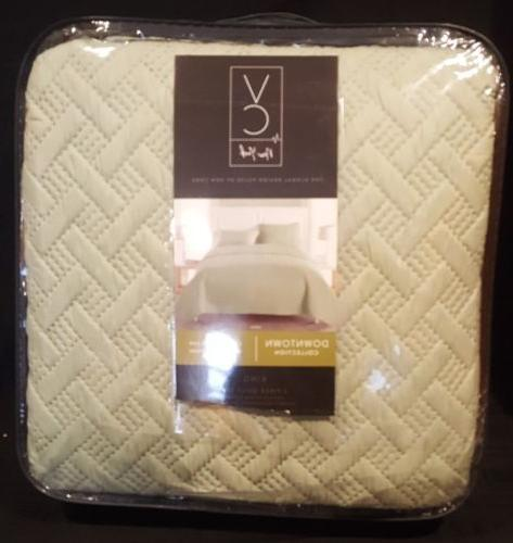 new luxurious geometric pattern quilt set by