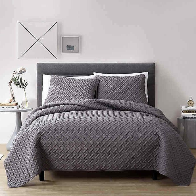 new nina embossed quilt set 3 piece