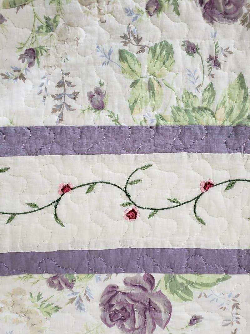 American Hometex Reversible Floral 50x60