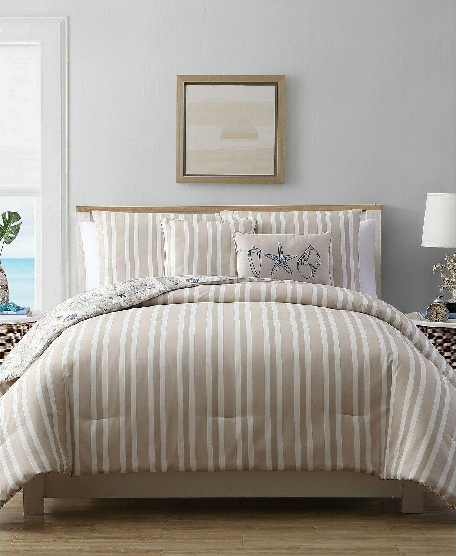 VCNY Home Stripe Seashell Reversible Comforter Set