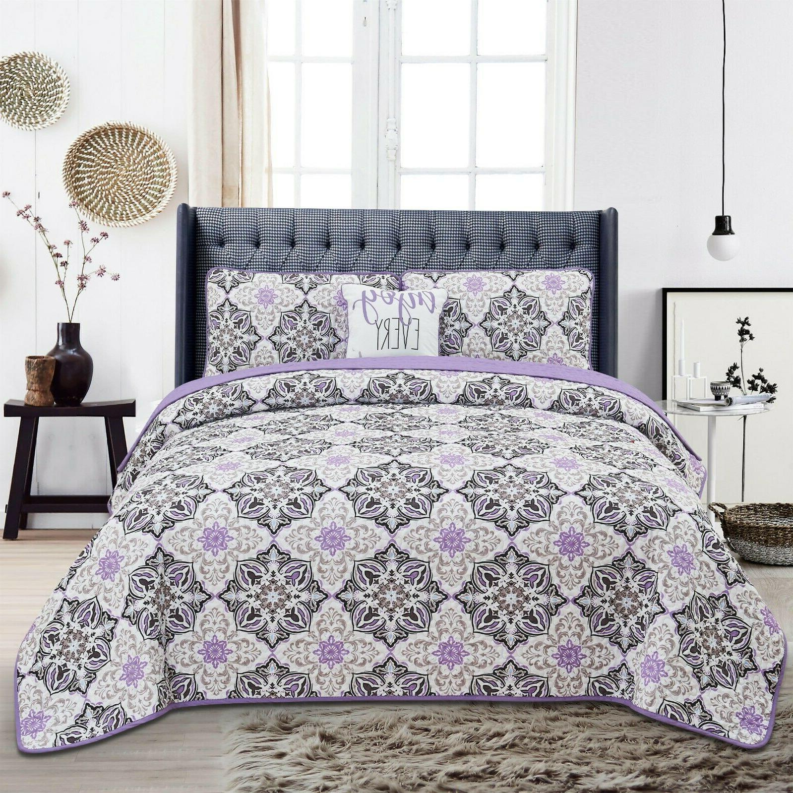 Quilt Sets 4 Piece Down Alternative Bedding Set with Shams a