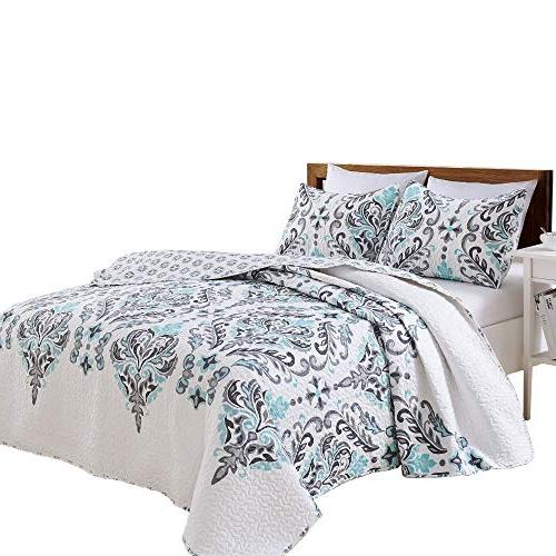 Great Bay Home Printed Quilt with Shams. All-Season with Ornamental Lauretta Collection Brand.