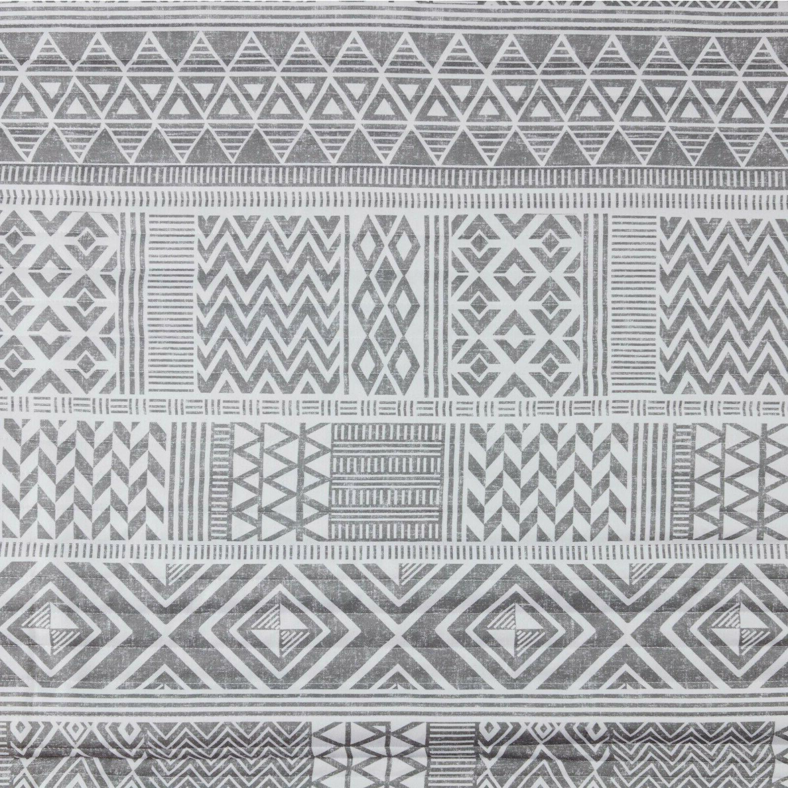 Quilt Geometric Warm