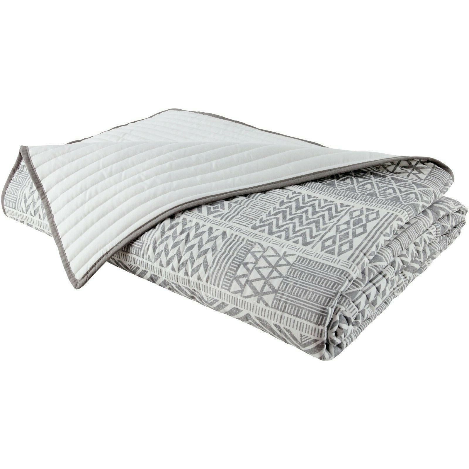 Quilt Set 3 Pc Microfiber Grey White Geometric Soft Warm