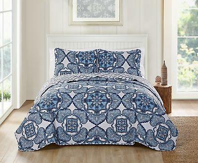 Victoria Classics Bradshaw 3 Piece Reversible Bedding Quilt