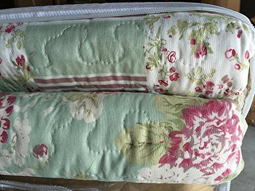English Roses Cotton rich,prewashed, preshrunk.As bedspread, bedcover,coverlet, bed throw