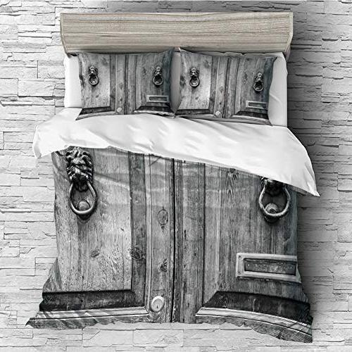 soft luxurious decorative quilt duvet