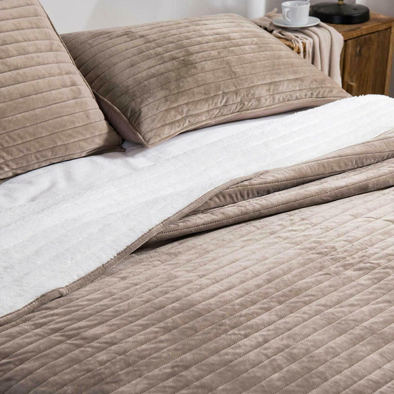 Soft Velvet Flannel Fleece Bedspread