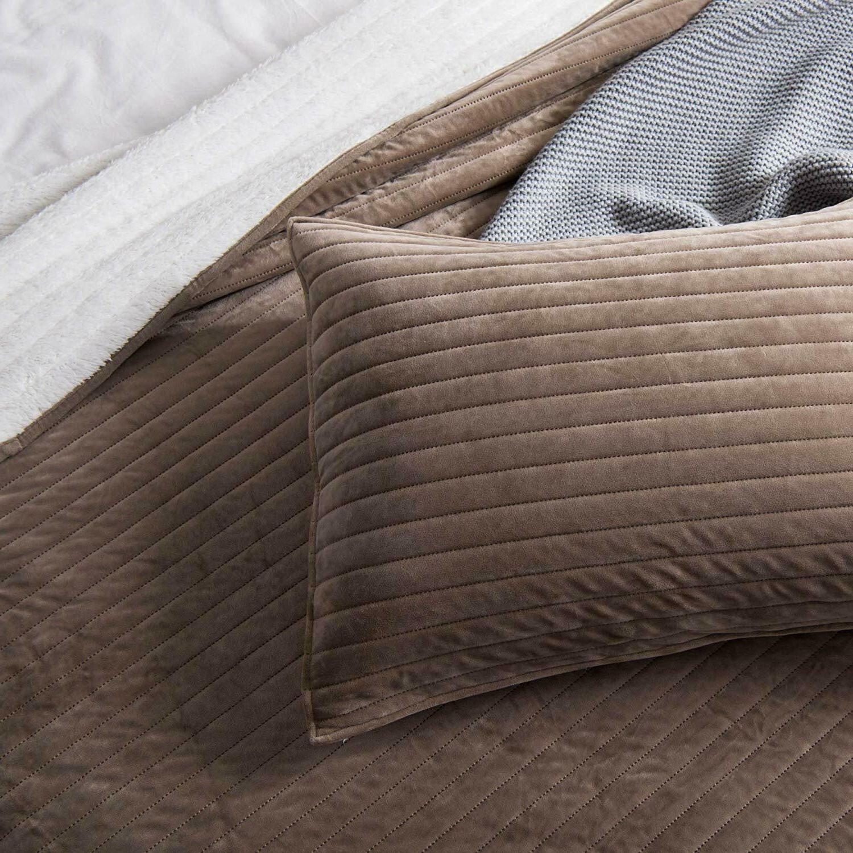 Soft Fleece Coverlet Bedspread