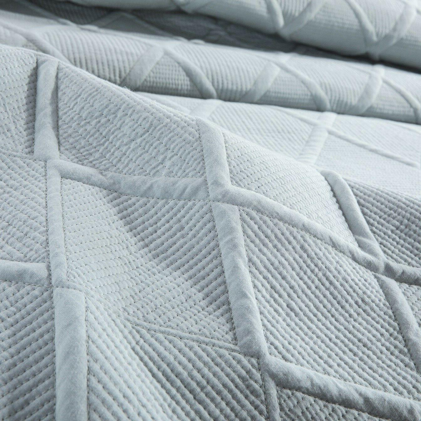 Tache Blue Light Quilt Coverlet Set