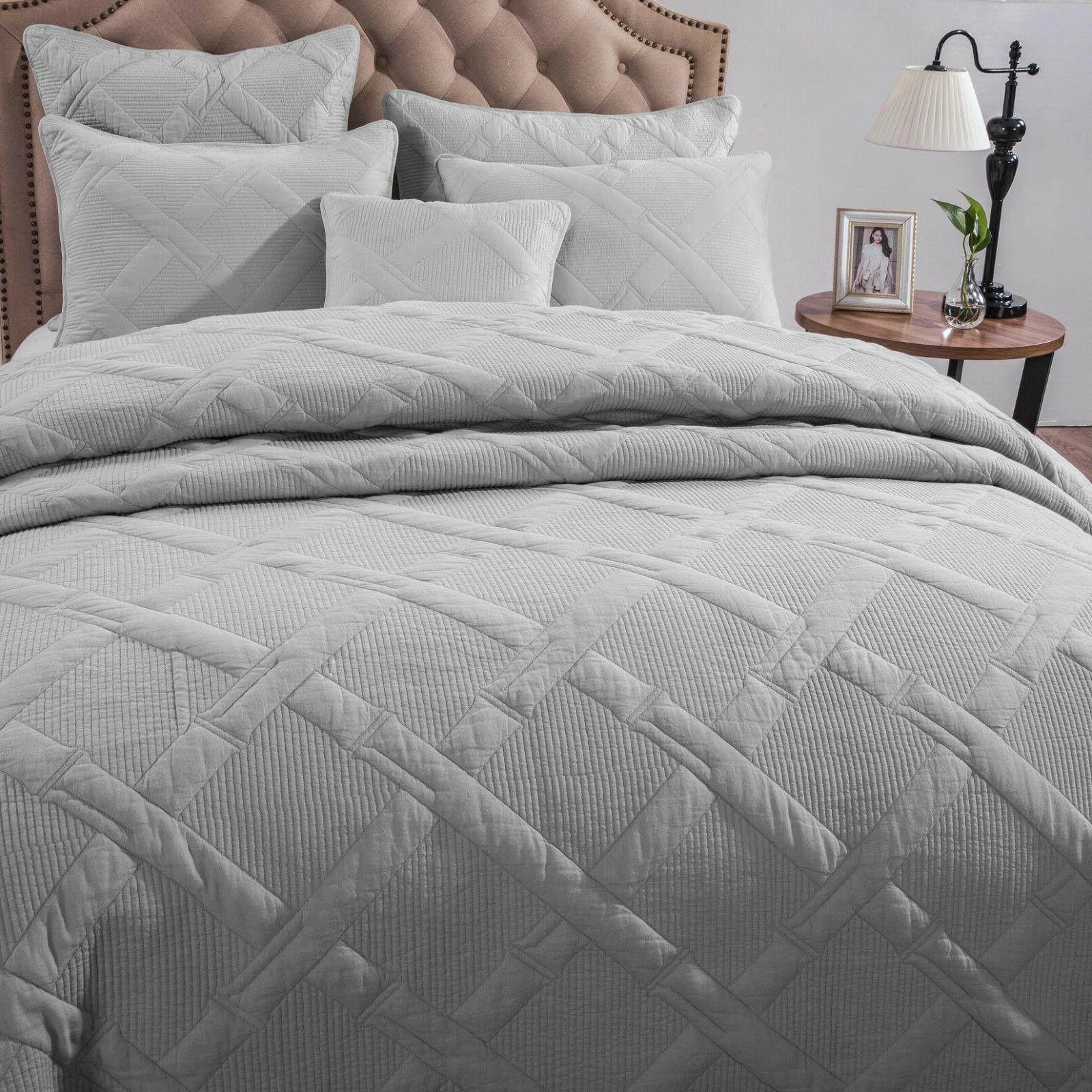 Tache Solid Silver Lightweight Quilt Coverlet Set