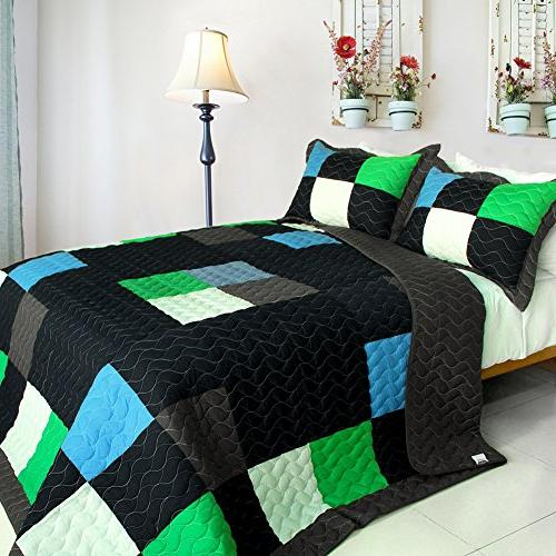vermicelli quilted patchwork plaid quilt