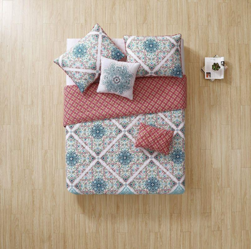 Vcny Home Windsor Piece Reversible Set,