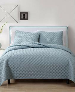 Twin Size Quilt Set in Blue Luxurious Geometric Pattern Beau
