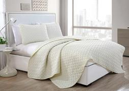 Luxurious Geometric Pattern Quilt Set by VC New York/king