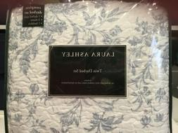 NEW Quilt Set Laura Ashley AMBERLY Amberley Blue/White Twin