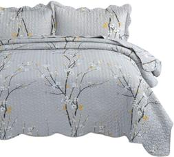 Bedsure Quilt Set Grey Full/Queen Size Plum Blossom 90x96 in
