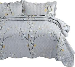 Bedsure Quilt Set Grey King Size Plum Blossom 106x96 inches