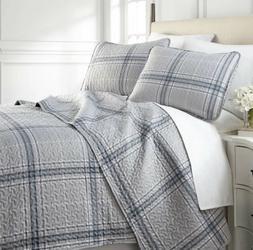 Quilt Set King / Cal King Tree Piece Light Weight Comforter