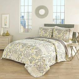 Set in Spring 3 Piece Quilt Collection by Traditions by Wave