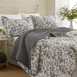 King size Cotton Blend 3-Piece Reversible Quilt Set in Grey
