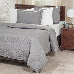 Lavish Home Solid Embossed 2 Piece Quilt Set - Twin - Silver