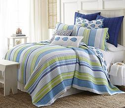 Tides End King Quilt Set Shades of Light Dark and Sky Blues,