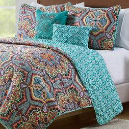 VCNY Home Yara 5 Piece Damask Print Reversible Quilt Cover B
